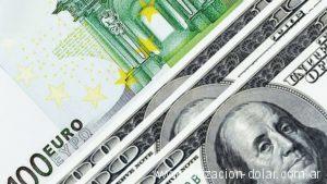 Euro y Dólar de 100