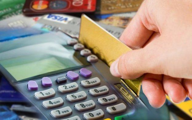 Cuestionan la comisión tarjetas de crédito a comercios