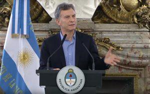 Macri anunció pago a obras sociales sindicales
