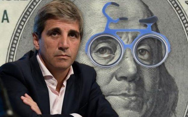 Luis Caputo, deuda a cien años