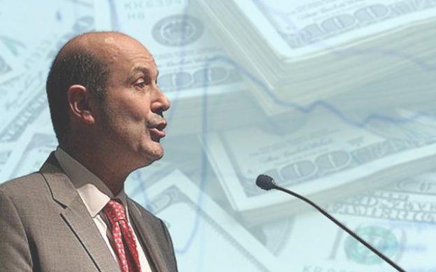 Federico Sturzenegger, dólares